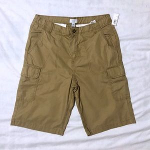 Old navy cargo shorts Boys size 18 husky NEW